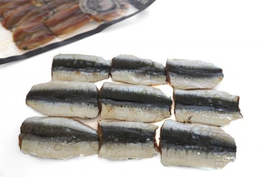6-a-9-sardines-fumees