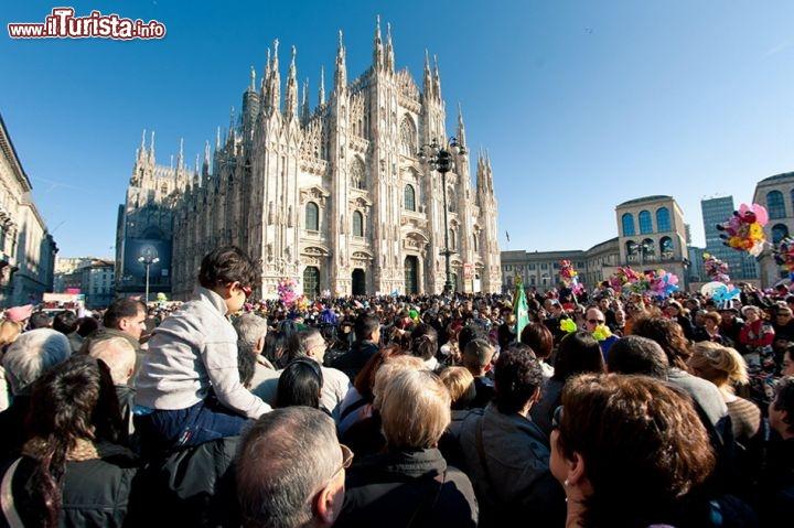 Carnevale_Ambrosiano_Piazza_Duomo_Milano_108828083.jpg
