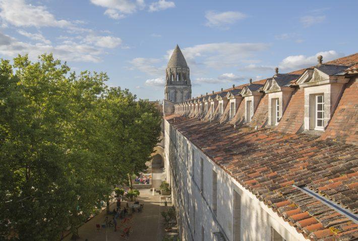 Clocher-Abbaye--710x478.jpg